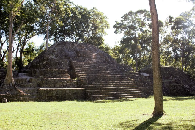 cahal pech in Belize